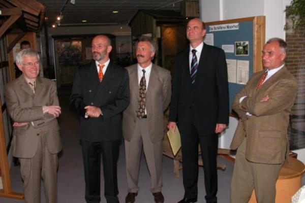 Stiftungsgründung 13 2004 C_Rückriem